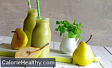 Chinese cabbage pear sprouts smoothie