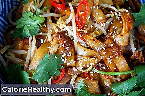 Wok vegetables with rice noodles - gluten free