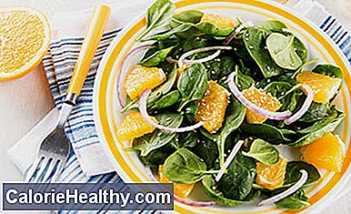 Spinach salad with orange and sesame dressing